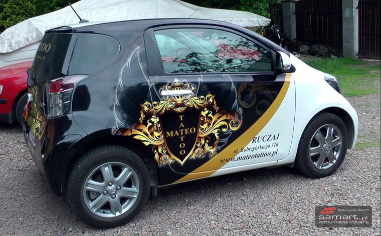 Cennik projektów graficznych na małych samochodach osobowych